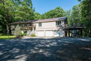 1667 Route 9n, Saratoga Springs, NY 12833