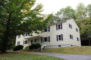 79 Middle Rd, Lake George, NY 12845