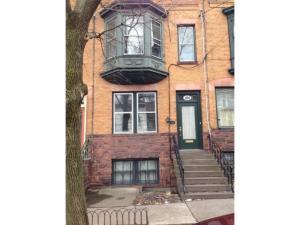 166 Chestnut St, Albany, NY 12210