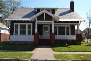 19 Smith St, Glens Falls, NY 12801
