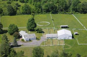 32 Bayberry Dr, Queensbury, NY 12804