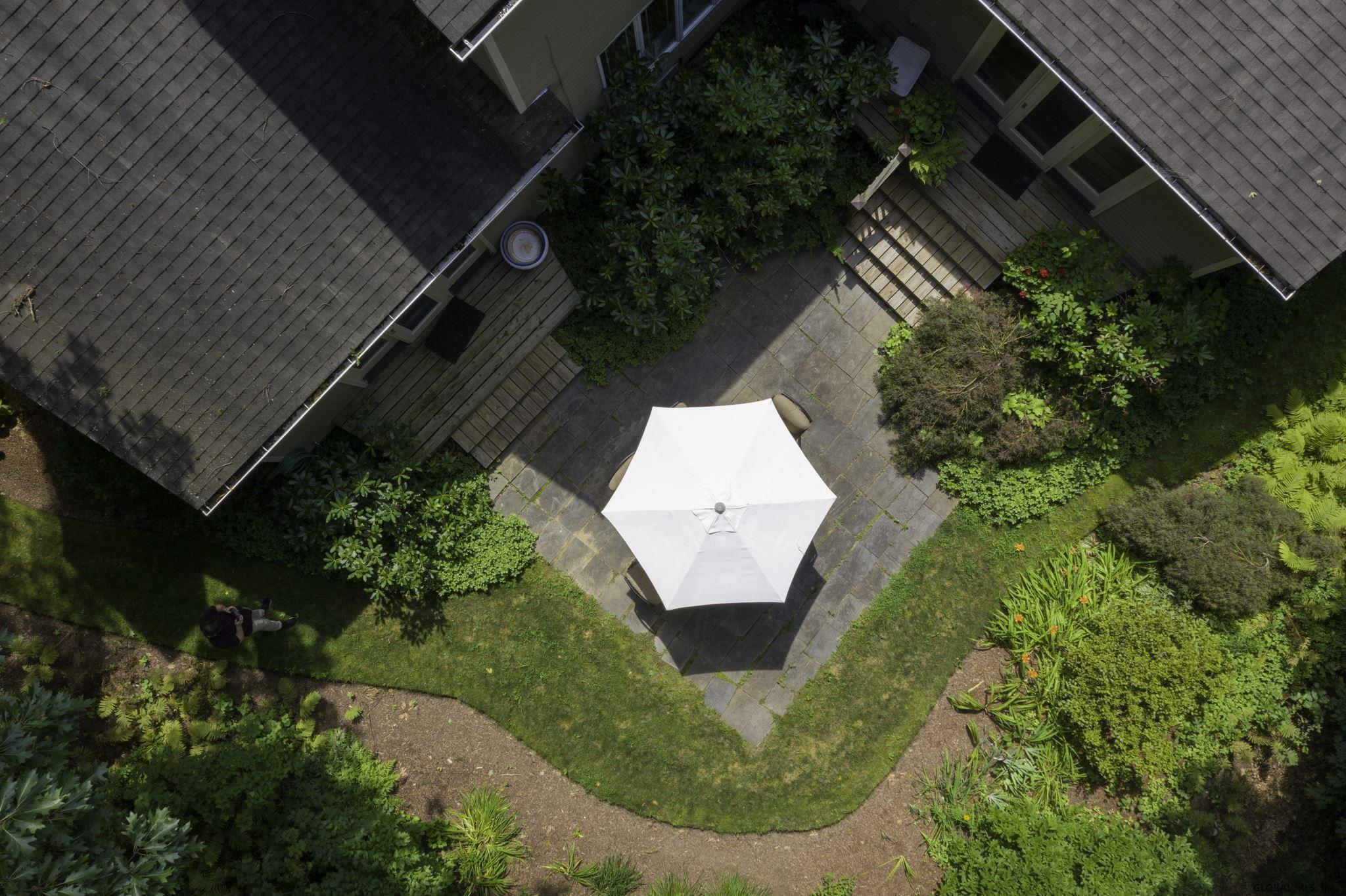 Saratoga S image 37