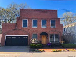 114 Middle Av, Saratoga S, NY 12866