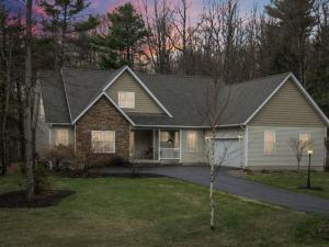 8 Pine Robin North Rd, Greenfield Center, NY 12833