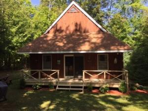 4 Whits End Way, Schroon Lake, NY 12870