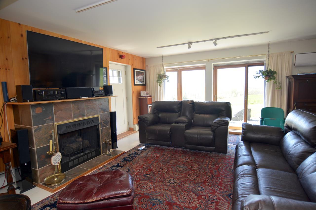 Saratoga Springs image 41
