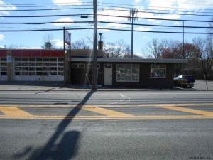 446 Saratoga Rd, Glenville, NY 12302