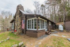 124 Fawn Lake Rd, Lake Pleasant, NY 12108