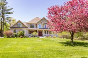 229 Ruggles Rd, Saratoga Springs, NY 12866-5813