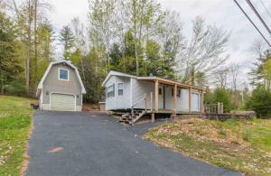 2714 South Shore Rd, Hadley, NY 12835