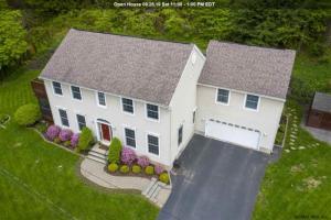 4 East Cove Rd, Saratoga Springs, NY 12866-7414