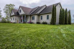 2122 Donnan Rd, Galway, NY 12074