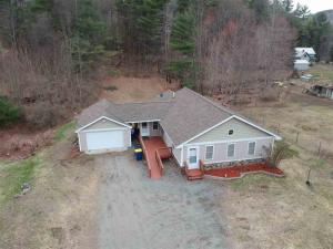10 Club House Dr, Schroon Lake, NY 12870