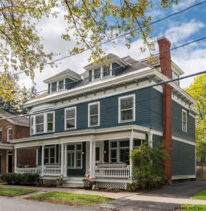 176 Phila St, Saratoga S, NY 12866