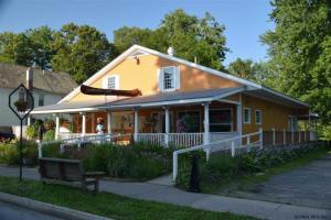 29 Main St, Lake Lazurne, NY 12846-6716