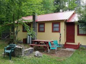 Adirondack Real Estate & Houses for Sale Including Lakefront Properties