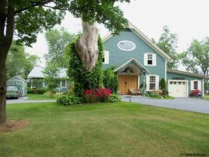 5 Champlain Shores Way, Crown Point, NY 12928
