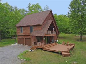80 Dixon Hill Rd, Diamond Point, NY 12824