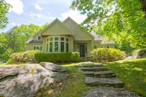 13 E Mountain Rd, Great Barrington, MA 01230