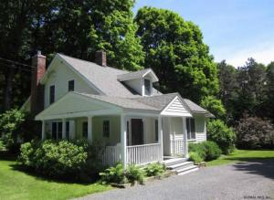 83 Snyder Rd, Ghent, NY 12075