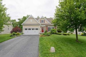 11 Quince Ct, Clifton Park, NY 12065