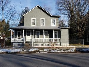 134 Beekman St, Saratoga Springs, NY 12866