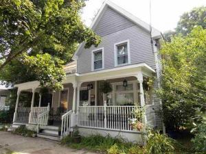 12 Clark St, Saratoga Springs, NY 12866