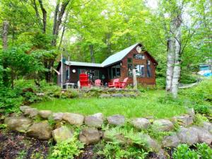129 Beech Trail Rd, Indian Lake, NY