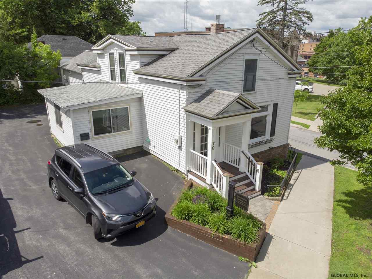 Saratoga S image 28