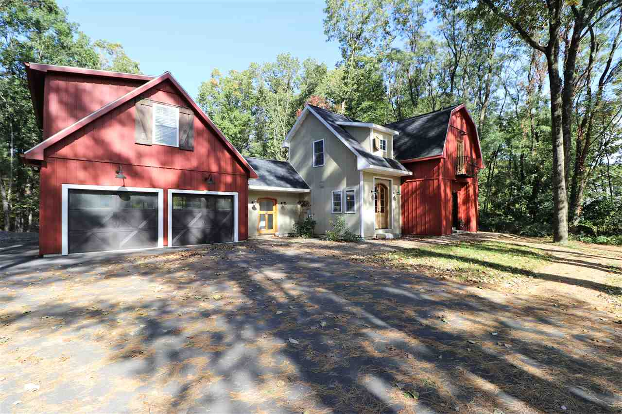 91 Meadowbrook Rd In Saratoga Springs Ny Listed For
