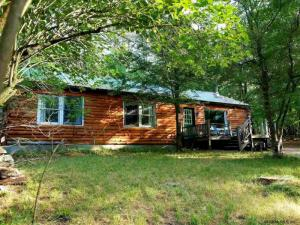 24 Pine Lane, Adirondack, NY 12808