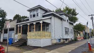 483 Yates St, Albany, NY 12208-3323