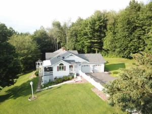 30 Pleasant View Dr, Gloversville, NY