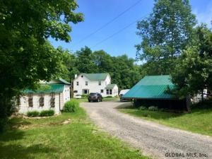 6 States Rd E, Stony Creek, NY 12878-1706