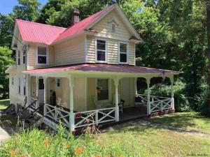 3572 Lakeshore Dr, Lake George, NY 12845
