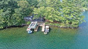 10 Polk Dr, Lake George, NY 12845