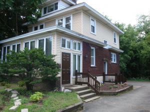 1576 State St, Schenectady, NY 12304