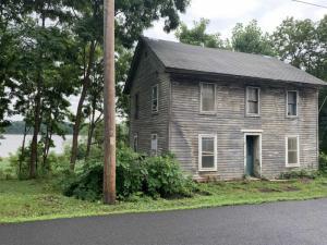 7 Riverside Av, Coxsackie, NY 12051