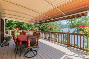 101 Lakeside Av, Edinburg, NY 12134