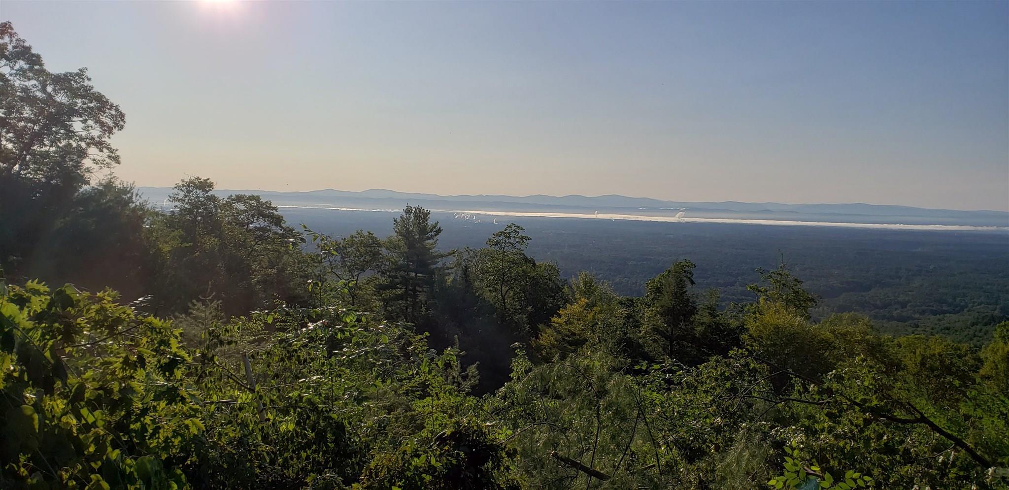 Lake Lazur image 10