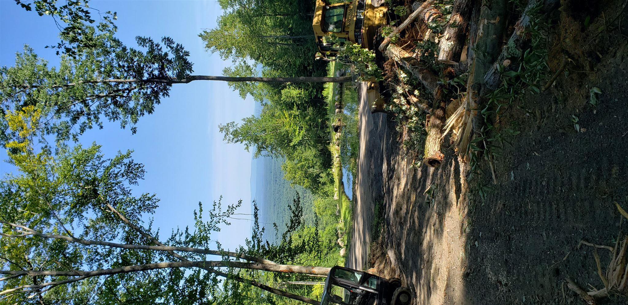 Lake Lazur image 36