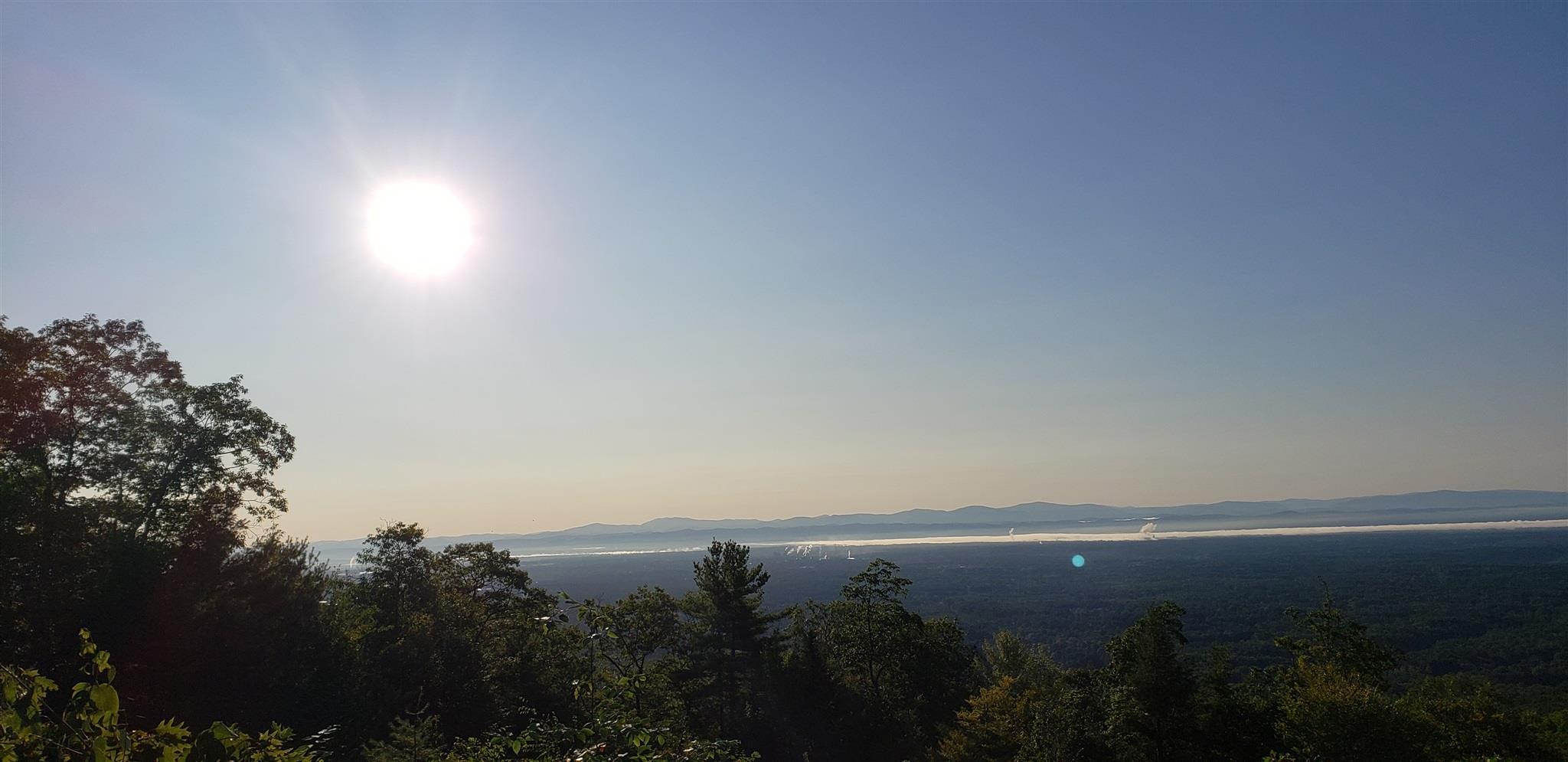 Lake Lazur image 5