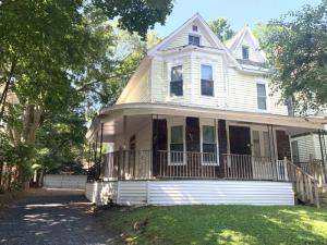 68 Union Av, Schenectady, NY 12308