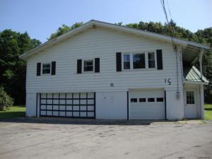 15 Hillside Av, Saratoga Springs, NY 12866