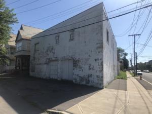 1115 Mcclyman St, Schenectady, NY 12307