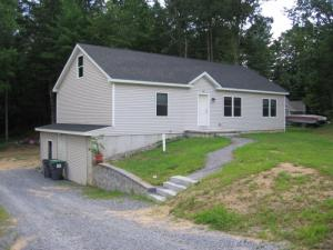 38 Stevens Ct, Saratoga Springs, NY 12866-5828