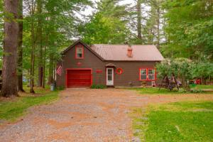 2220 State Highway 10, Caroga Lake, NY 12032