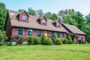 44 Spring Hill Rd, Ghent, NY 12075