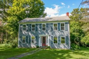 17 Old Queechy Rd, Canaan, NY 12029-3006