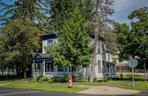 172 Nelson Av, Saratoga Springs, NY 12866